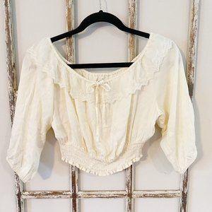 Forever 21 Medium Cream Lace & Elastic Crop Top